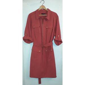 |Sharagano Coral Collard Front Zipper Front Dress|